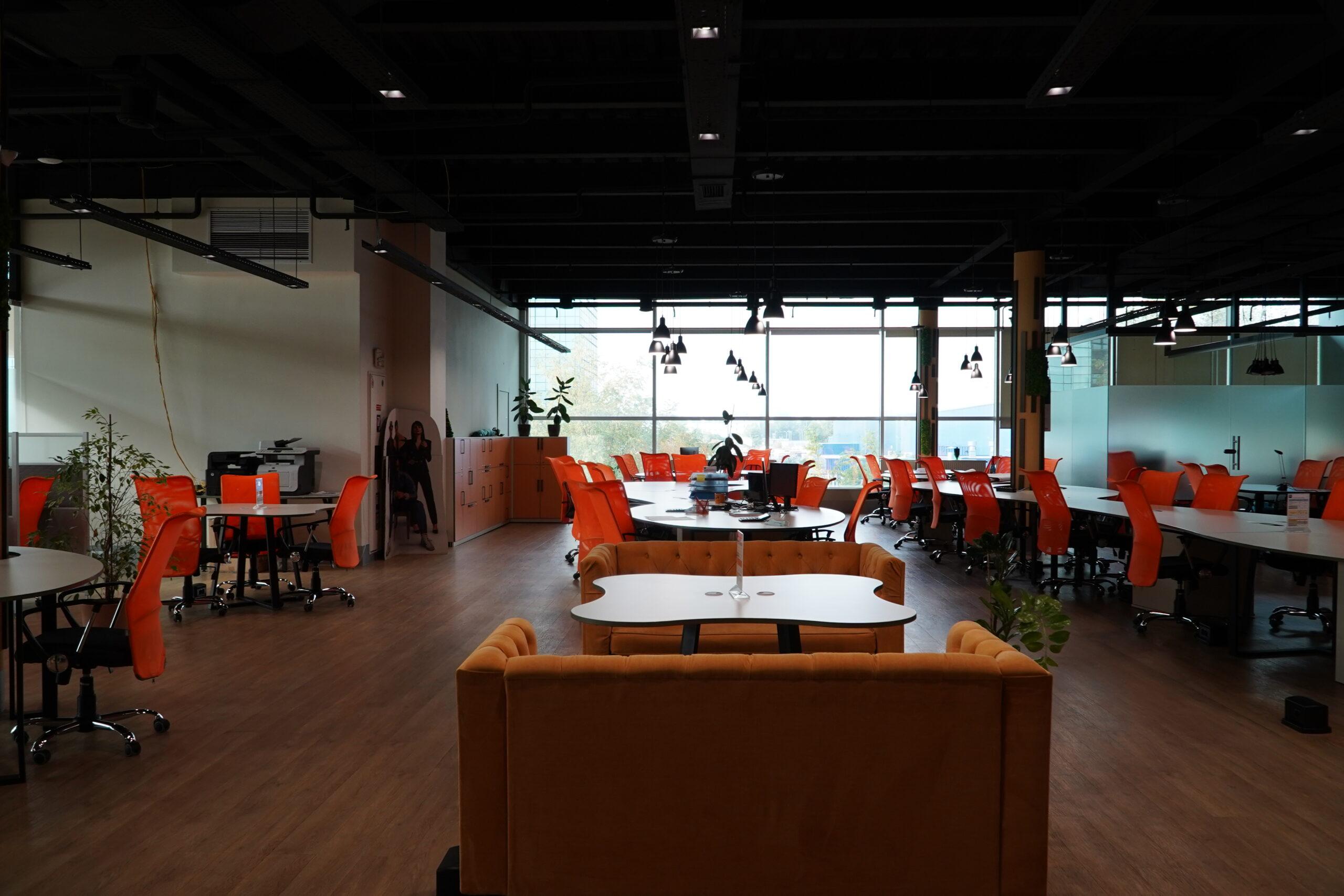Фото робочих місць
